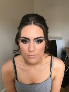photo of prom girl, close up on make up